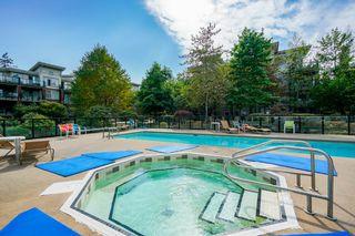 "Photo 13: 302 15385 101A Avenue in Surrey: Guildford Condo for sale in ""Charlton Park"" (North Surrey)  : MLS®# R2328972"