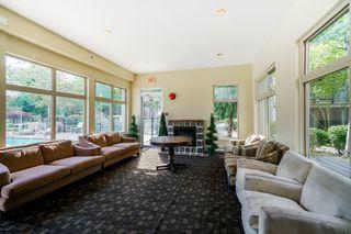 "Photo 16: 302 15385 101A Avenue in Surrey: Guildford Condo for sale in ""Charlton Park"" (North Surrey)  : MLS®# R2328972"