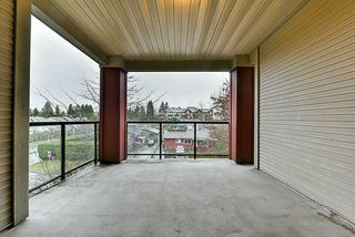"Photo 11: 302 15385 101A Avenue in Surrey: Guildford Condo for sale in ""Charlton Park"" (North Surrey)  : MLS®# R2328972"
