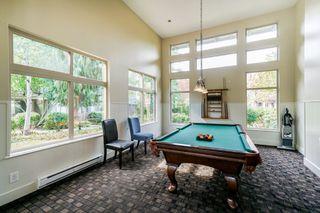 "Photo 18: 302 15385 101A Avenue in Surrey: Guildford Condo for sale in ""Charlton Park"" (North Surrey)  : MLS®# R2328972"