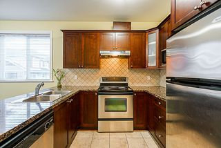 """Photo 7: 24 8655 159 Street in Surrey: Fleetwood Tynehead Townhouse for sale in """"Springfield Court"""" : MLS®# R2339578"""