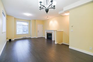 """Photo 3: 24 8655 159 Street in Surrey: Fleetwood Tynehead Townhouse for sale in """"Springfield Court"""" : MLS®# R2339578"""