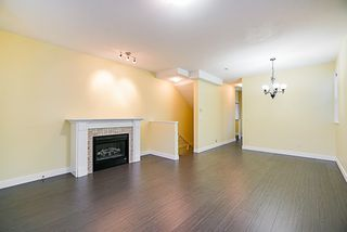 """Photo 6: 24 8655 159 Street in Surrey: Fleetwood Tynehead Townhouse for sale in """"Springfield Court"""" : MLS®# R2339578"""