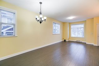 """Photo 2: 24 8655 159 Street in Surrey: Fleetwood Tynehead Townhouse for sale in """"Springfield Court"""" : MLS®# R2339578"""