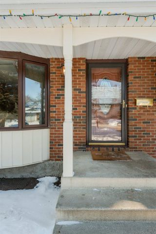 Photo 2: 47 Woodcrest Ave: St. Albert House for sale : MLS®# E4145640