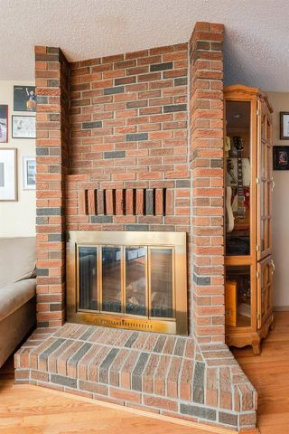 Photo 7: 47 Woodcrest Ave: St. Albert House for sale : MLS®# E4145640