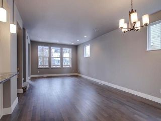Photo 5: 6112 111 Avenue in Edmonton: Zone 09 House for sale : MLS®# E4146597
