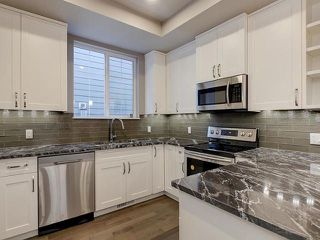 Photo 6: 6112 111 Avenue in Edmonton: Zone 09 House for sale : MLS®# E4146597