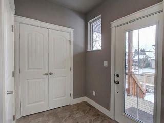 Photo 3: 6112 111 Avenue in Edmonton: Zone 09 House for sale : MLS®# E4146597
