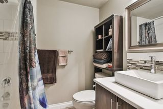 "Photo 5: 106 12096 222 Street in Maple Ridge: West Central Condo for sale in ""Canuck Plaza"" : MLS®# R2348587"