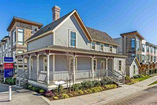 """Main Photo: 1 16488 64 Avenue in Surrey: Cloverdale BC Townhouse for sale in """"Harvest"""" (Cloverdale)  : MLS®# R2351641"""