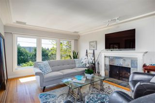 Photo 4: 1535 KINGS Avenue in West Vancouver: Ambleside House for sale : MLS®# R2360802