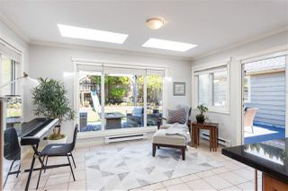 Photo 9: 1535 KINGS Avenue in West Vancouver: Ambleside House for sale : MLS®# R2360802