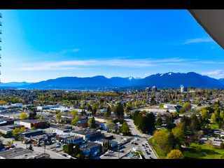 """Main Photo: 3107 4189 HALIFAX Street in Burnaby: Brentwood Park Condo for sale in """"Aviara"""" (Burnaby North)  : MLS®# R2363710"""