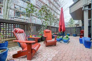 "Photo 15: 105 1535 CHESTERFIELD Avenue in North Vancouver: Central Lonsdale Condo for sale in ""Kensington Court"" : MLS®# R2367626"