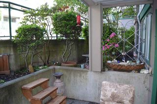 "Photo 14: 106 1575 BEST Street: White Rock Condo for sale in ""Embassy"" (South Surrey White Rock)  : MLS®# R2370402"
