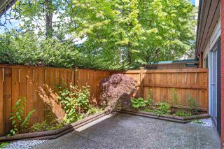 "Main Photo: 719 WESTVIEW Crescent in North Vancouver: Upper Lonsdale Townhouse for sale in ""CYPRESS GARDENS"" : MLS®# R2372585"
