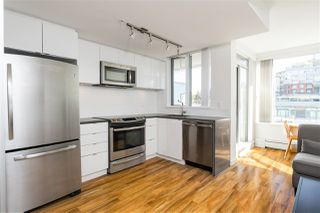 "Photo 3: 610 289 E 6TH Avenue in Vancouver: Mount Pleasant VE Condo for sale in ""SHINE"" (Vancouver East)  : MLS®# R2373547"