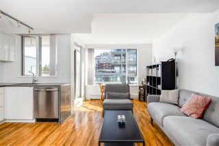 "Photo 10: 610 289 E 6TH Avenue in Vancouver: Mount Pleasant VE Condo for sale in ""SHINE"" (Vancouver East)  : MLS®# R2373547"