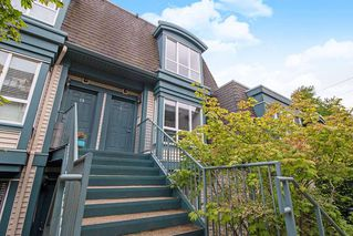 "Photo 1: 18 288 ST. DAVID'S Avenue in North Vancouver: Lower Lonsdale Townhouse for sale in ""St. Davids Landing"" : MLS®# R2384322"