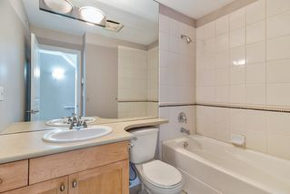 "Photo 12: 18 288 ST. DAVID'S Avenue in North Vancouver: Lower Lonsdale Townhouse for sale in ""St. Davids Landing"" : MLS®# R2384322"