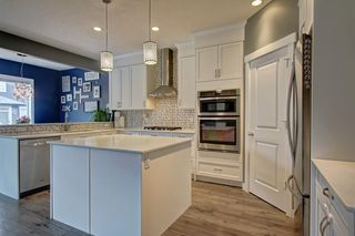 Photo 4: 381 KINGS HEIGHTS Drive SE: Airdrie Detached for sale : MLS®# C4256359