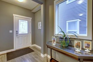 Photo 2: 381 KINGS HEIGHTS Drive SE: Airdrie Detached for sale : MLS®# C4256359
