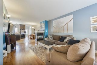 Photo 3: 4893 TERWILLEGAR Common in Edmonton: Zone 14 Attached Home for sale : MLS®# E4181150