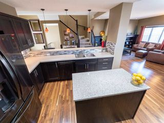 Photo 8: 16904 57 Street in Edmonton: Zone 03 House for sale : MLS®# E4197897