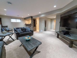 Photo 34: 16904 57 Street in Edmonton: Zone 03 House for sale : MLS®# E4197897