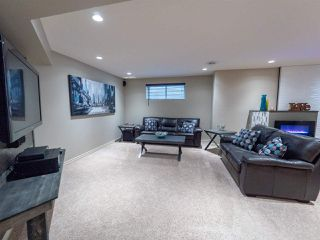 Photo 33: 16904 57 Street in Edmonton: Zone 03 House for sale : MLS®# E4197897