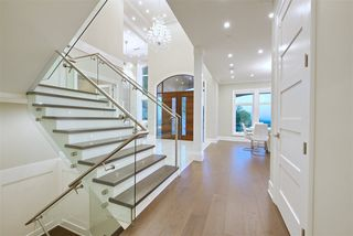 Photo 2: 2030 RIDGE MOUNTAIN Drive in Port Moody: Anmore House for sale : MLS®# R2477042