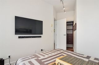 """Photo 16: 2202 1228 W HASTINGS Street in Vancouver: Coal Harbour Condo for sale in """"Palladio"""" (Vancouver West)  : MLS®# R2485869"""