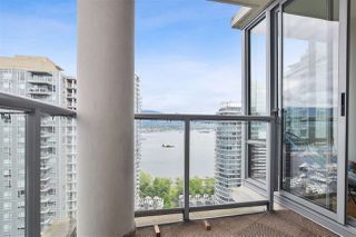 "Photo 19: 2202 1228 W HASTINGS Street in Vancouver: Coal Harbour Condo for sale in ""Palladio"" (Vancouver West)  : MLS®# R2485869"