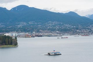 """Photo 23: 2202 1228 W HASTINGS Street in Vancouver: Coal Harbour Condo for sale in """"Palladio"""" (Vancouver West)  : MLS®# R2485869"""
