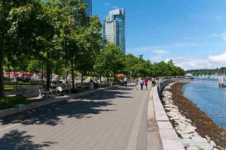 "Photo 35: 2202 1228 W HASTINGS Street in Vancouver: Coal Harbour Condo for sale in ""Palladio"" (Vancouver West)  : MLS®# R2485869"