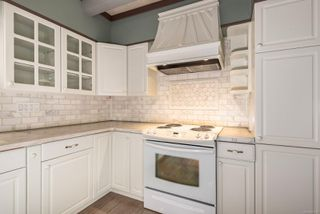 Photo 12: 390 Woods Ave in : CV Courtenay City Single Family Detached for sale (Comox Valley)  : MLS®# 855748