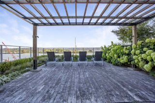 """Photo 15: 805 668 COLUMBIA Street in New Westminster: Quay Condo for sale in """"TRAPP + HOLBROOK"""" : MLS®# R2503921"""