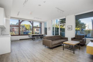 """Photo 14: 805 668 COLUMBIA Street in New Westminster: Quay Condo for sale in """"TRAPP + HOLBROOK"""" : MLS®# R2503921"""