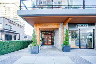 """Photo 3: 401 1420 JOHNSTON Road in Surrey: White Rock Condo for sale in """"Saltaire"""" (South Surrey White Rock)  : MLS®# R2503396"""