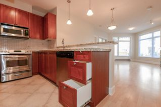 "Photo 5: 112 4211 BAYVIEW Street in Richmond: Steveston South Condo for sale in ""THE VILLAGE"" : MLS®# R2508883"