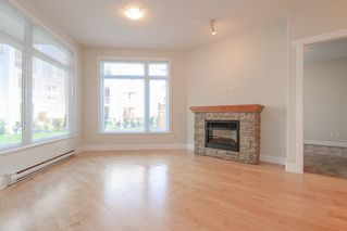 "Photo 9: 112 4211 BAYVIEW Street in Richmond: Steveston South Condo for sale in ""THE VILLAGE"" : MLS®# R2508883"