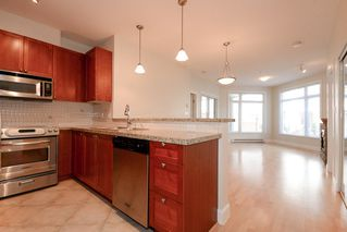 "Photo 4: 112 4211 BAYVIEW Street in Richmond: Steveston South Condo for sale in ""THE VILLAGE"" : MLS®# R2508883"