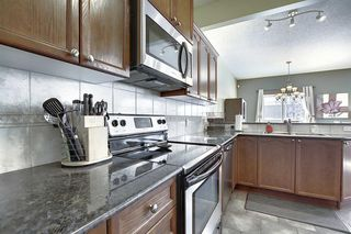Photo 6: 233 Chapalina Mews SE in Calgary: Chaparral Detached for sale : MLS®# A1044998