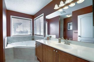 Photo 16: 233 Chapalina Mews SE in Calgary: Chaparral Detached for sale : MLS®# A1044998
