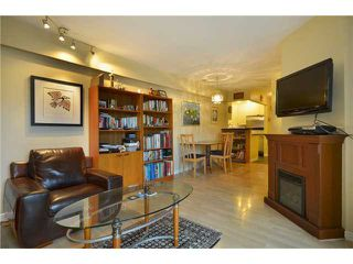"Photo 3: 104 1082 W 8TH Avenue in Vancouver: Fairview VW Condo for sale in ""LA GALLERIA"" (Vancouver West)  : MLS®# V916450"