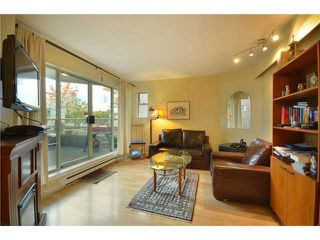 "Photo 2: 104 1082 W 8TH Avenue in Vancouver: Fairview VW Condo for sale in ""LA GALLERIA"" (Vancouver West)  : MLS®# V916450"
