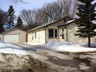 Main Photo: 29 Sadler Avenue: Residential for sale (St. Vital)  : MLS®# 2504109