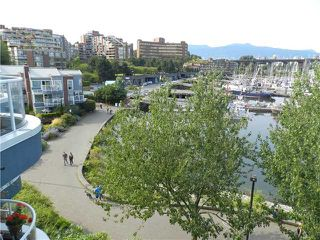"Photo 4: 101 1550 MARINER Walk in Vancouver: False Creek Condo for sale in ""MARINER POINT"" (Vancouver West)  : MLS®# V976624"