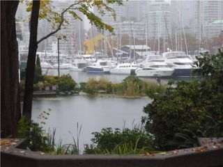 "Photo 1: 101 1550 MARINER Walk in Vancouver: False Creek Condo for sale in ""MARINER POINT"" (Vancouver West)  : MLS®# V976624"